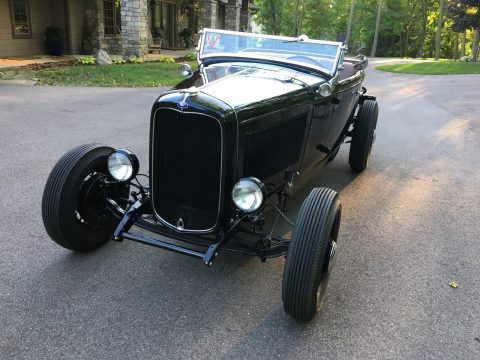 classy 1932 Ford Roadster hot rod for sale